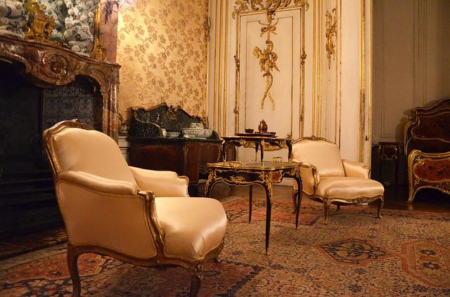 style baroque ever invest. Black Bedroom Furniture Sets. Home Design Ideas