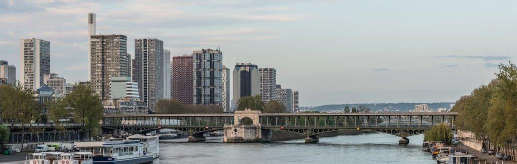 Front de Seine and Pont de Bir-Hakeim