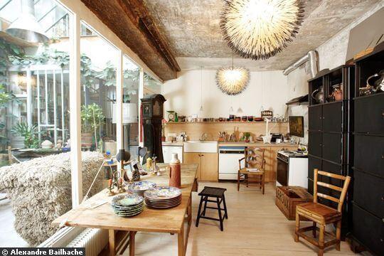 melange-des-genres-dans-la-cuisine_4696615