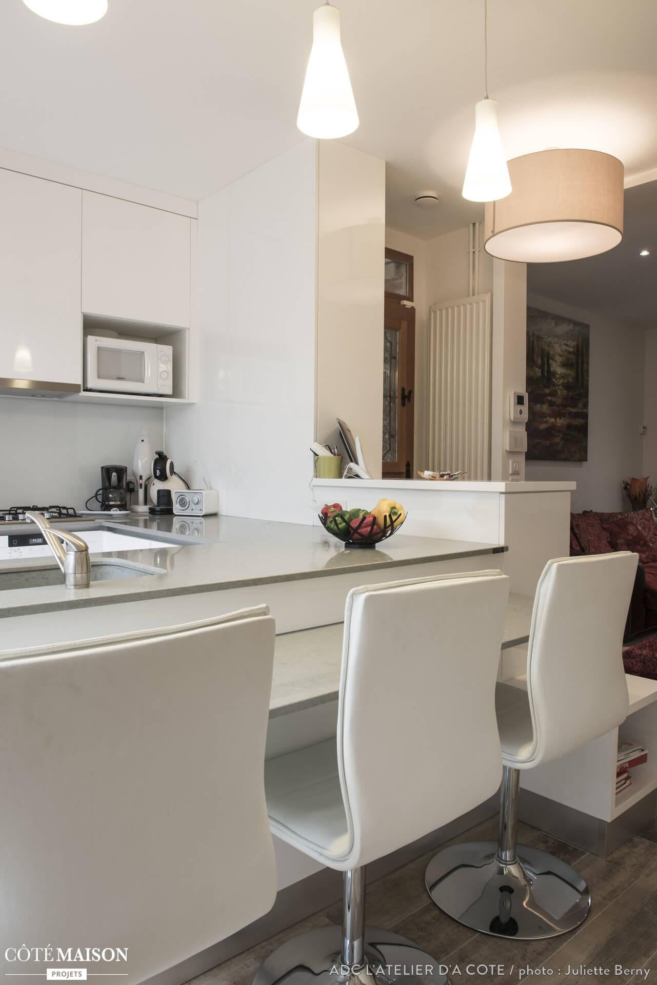 top 7 des plus belles maisons de paris ever invest. Black Bedroom Furniture Sets. Home Design Ideas